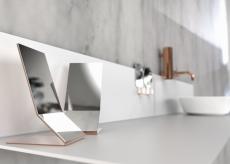 Frost UNU bordspejl med kobber bagside